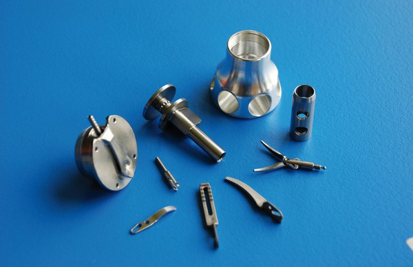 2-AMI-CNC-Machining-e1461070545262